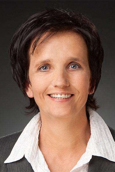 Portraitbild von Margit Schweizer